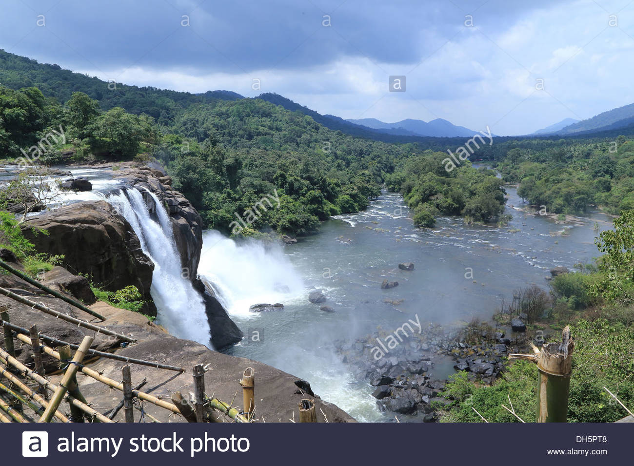Athirappilly Falls clipart #16, Download drawings
