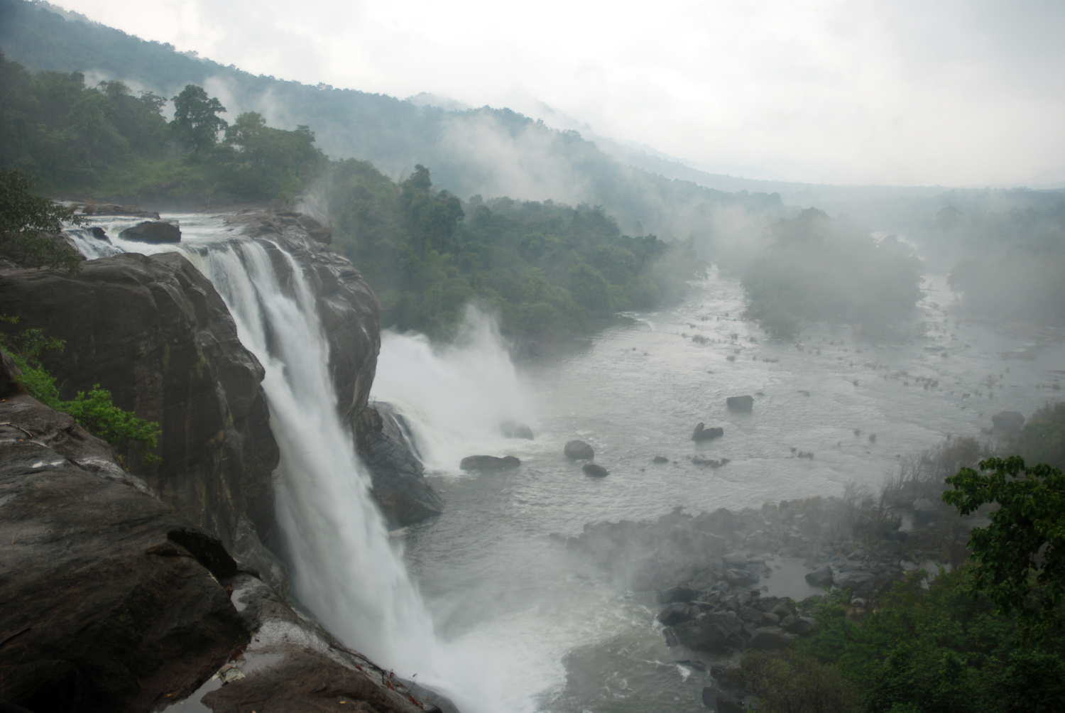 Athirappilly Falls clipart #1, Download drawings