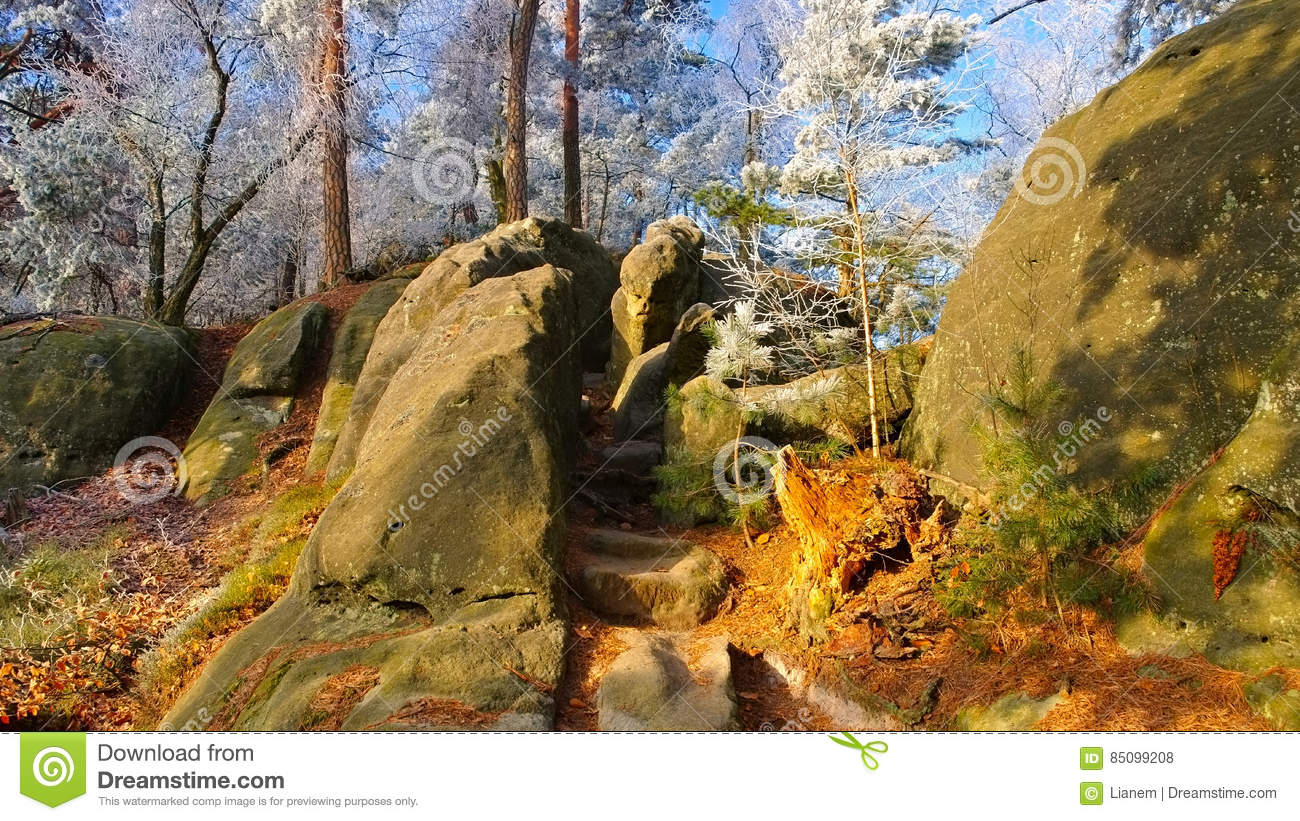 Elbe Sandstone Mountains clipart #5, Download drawings