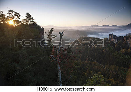 Elbe Sandstone Mountains clipart #18, Download drawings
