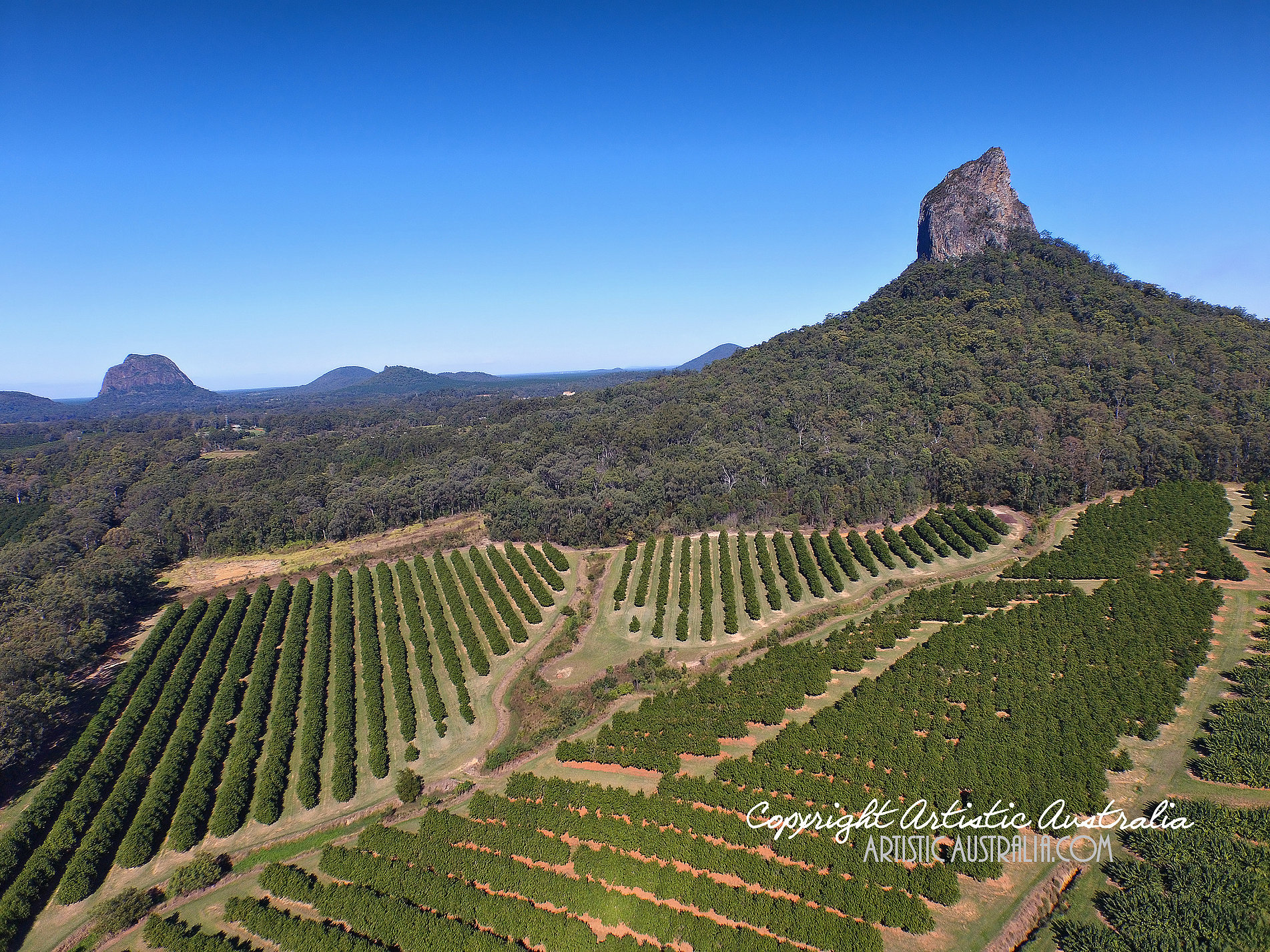 Glasshouse Mountains clipart #18, Download drawings