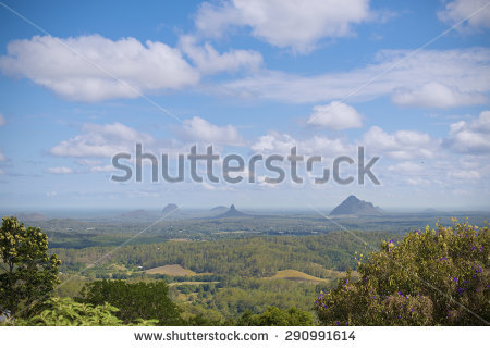 Glasshouse Mountains clipart #6, Download drawings