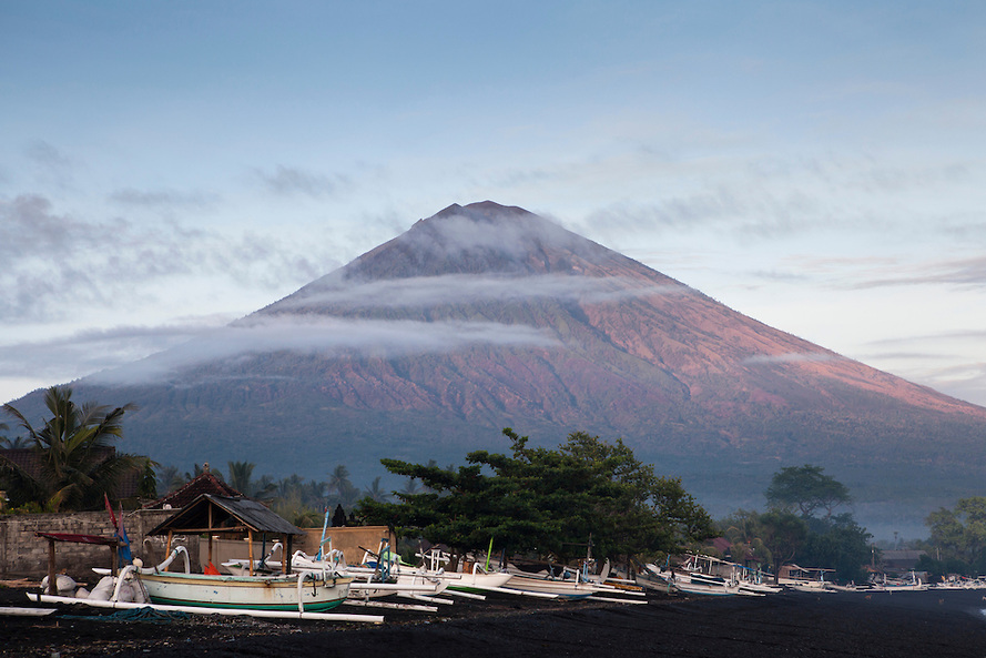 Mount Agung clipart #3, Download drawings