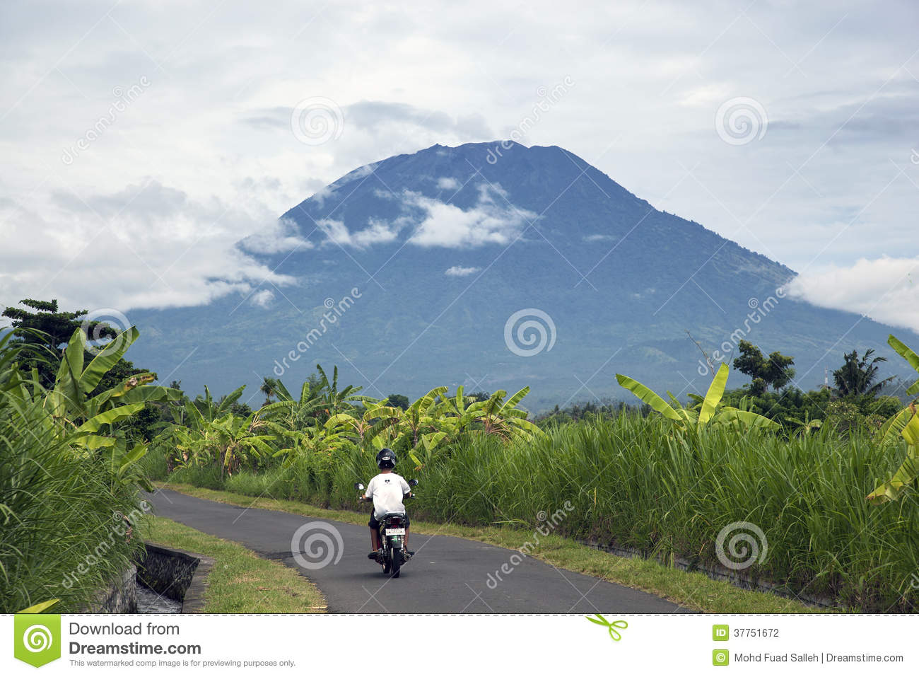 Mount Agung clipart #5, Download drawings