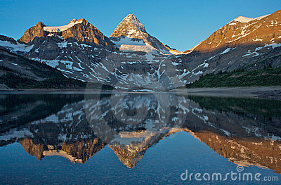 Mount Assiniboine clipart #10, Download drawings