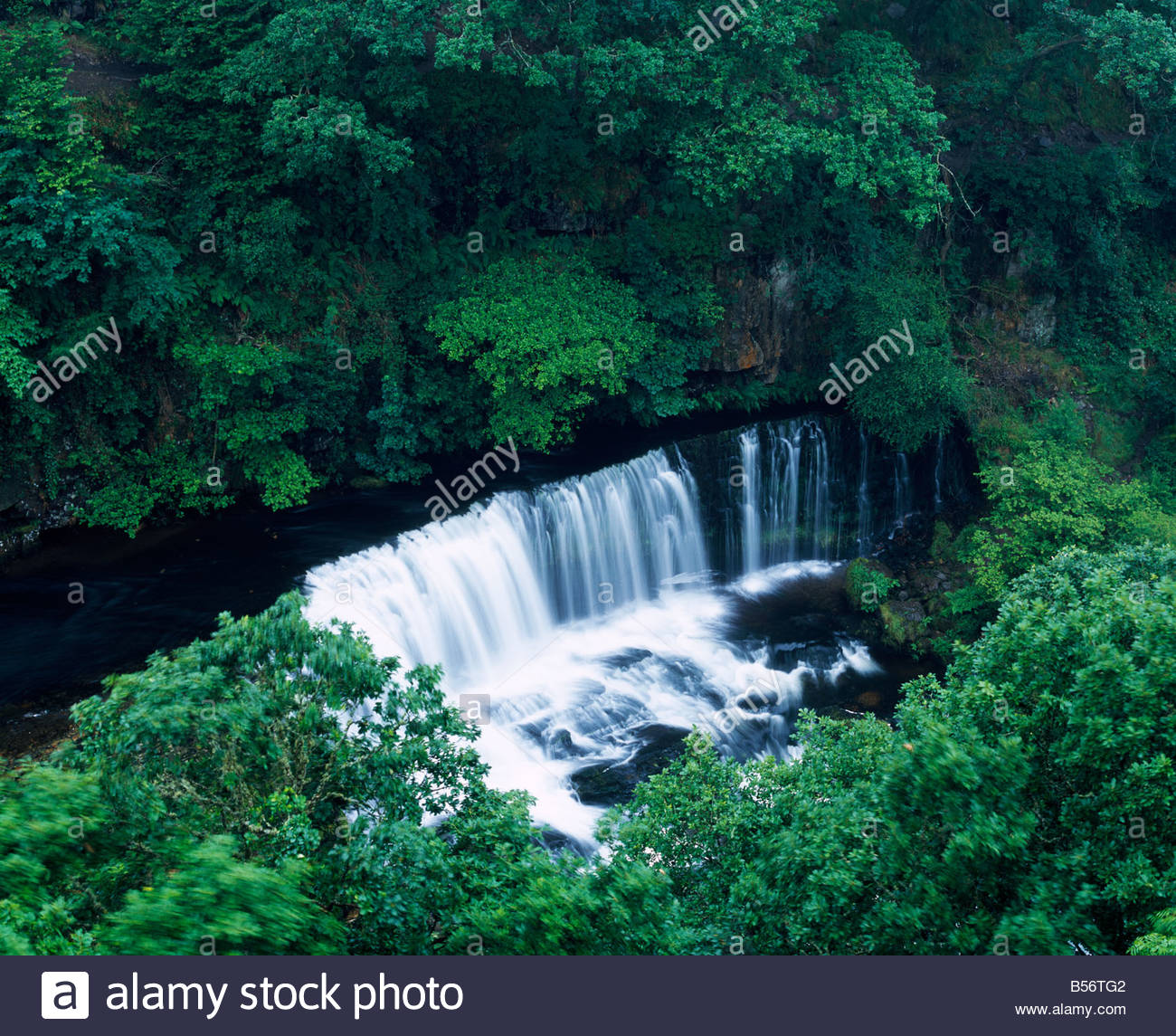 Sgwd Isaf Clun-gwyn Waterfall svg #10, Download drawings
