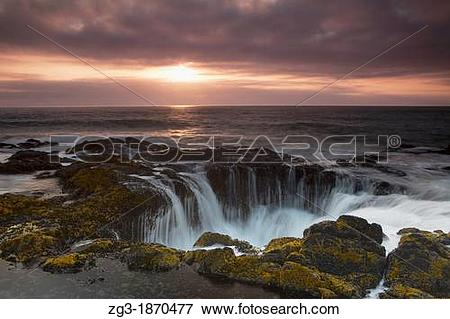 Thor's Well clipart #1, Download drawings