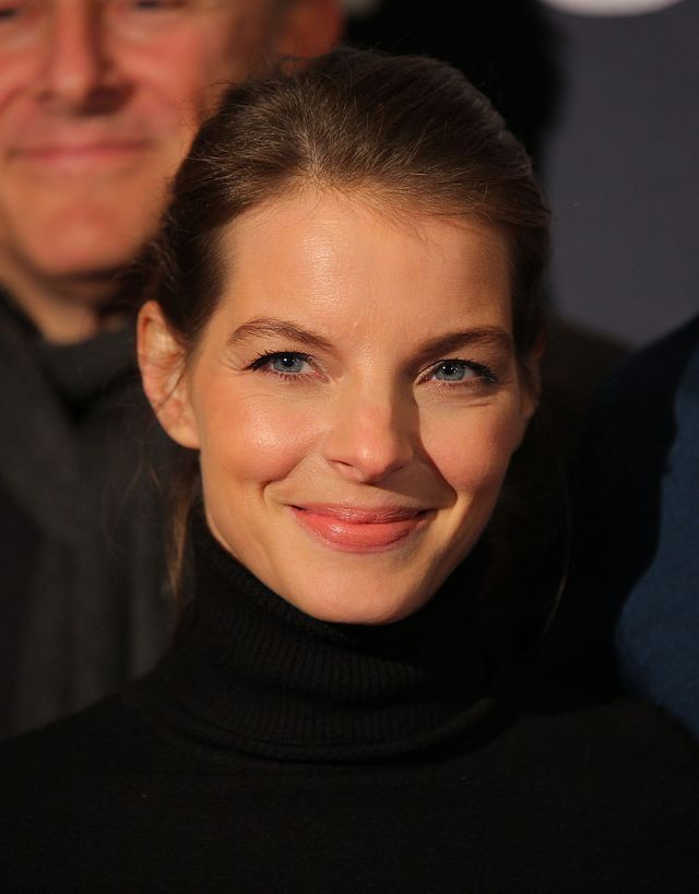 Yvonne Catterfeld svg #15, Download drawings