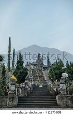 Mount Agung clipart